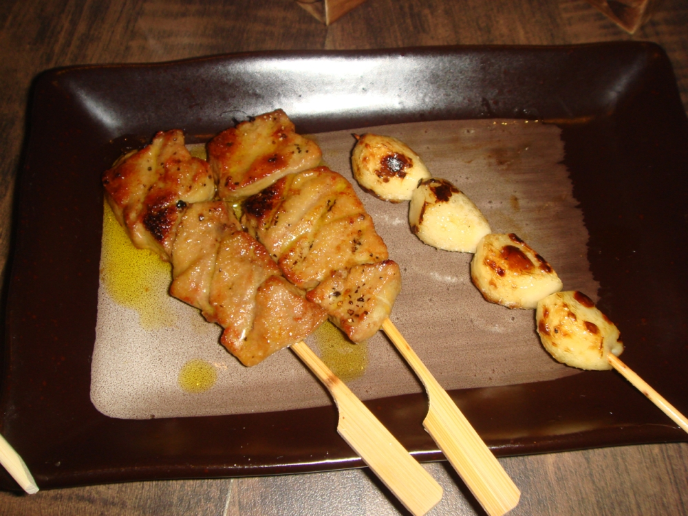 Chicken  Breast (L) and Garlic (R)