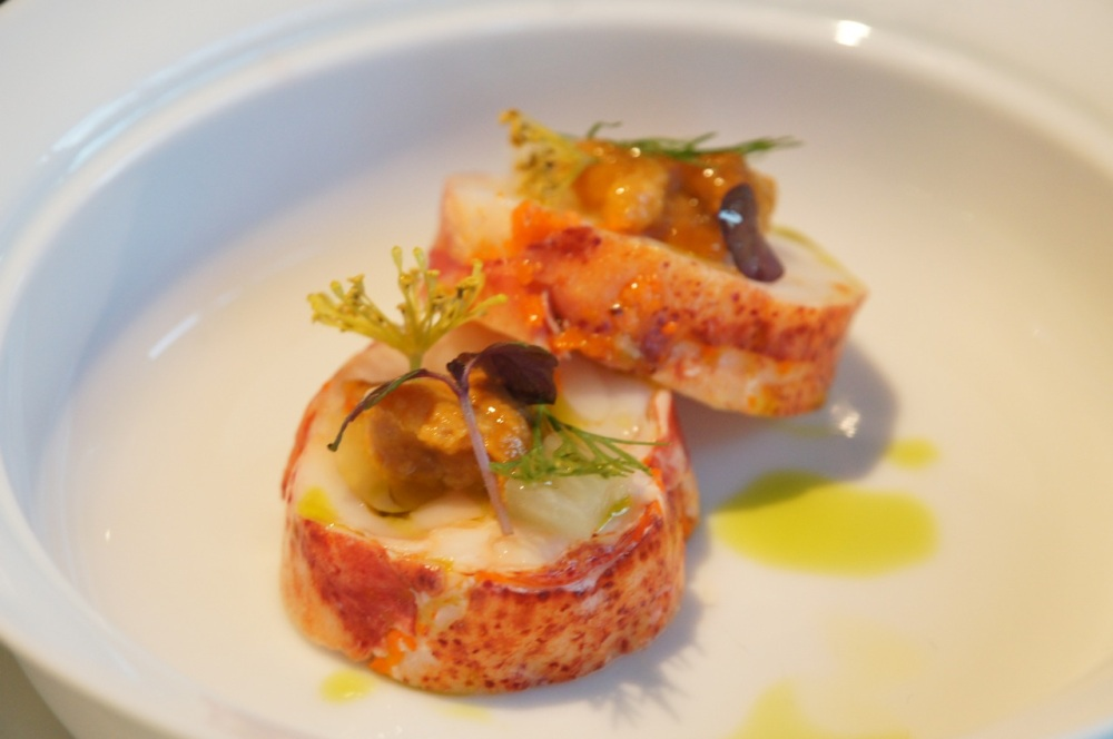 Boston lobster, fennel,  cashew nut, tamarind, grapefruit