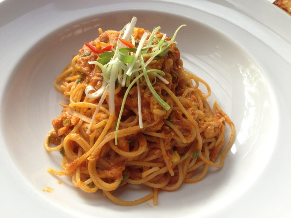 Halia chilli crab, spaghettini, spring onion, egg