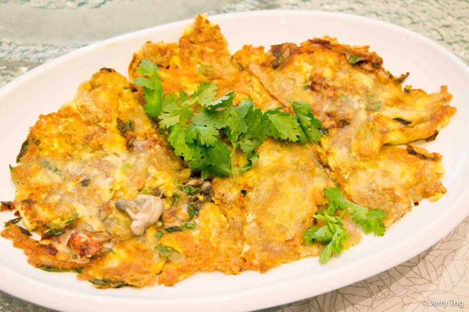 Oyster omelete