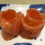salmon and roe roll