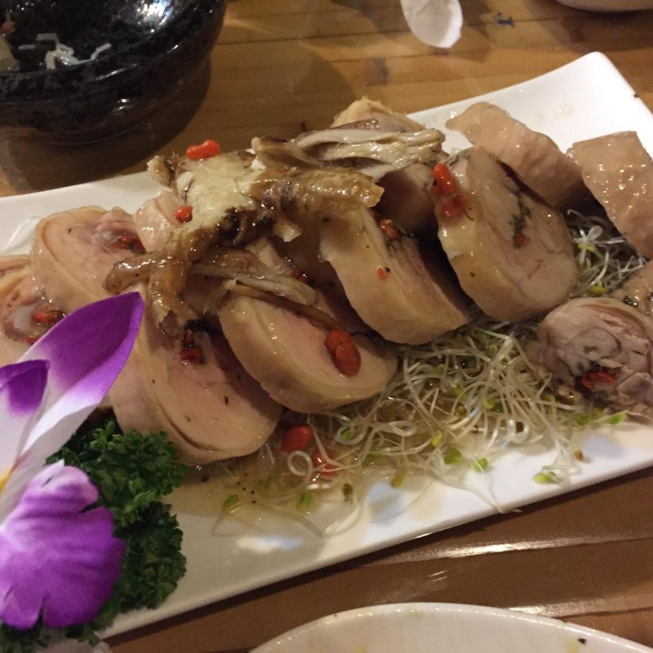 乌铁醉鸡 Tea Infused Drunken Chicken