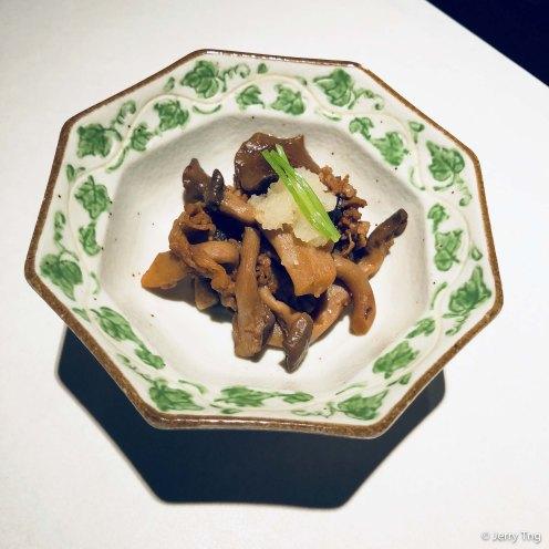 Stewed mushrooms