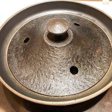Cast iron nabe