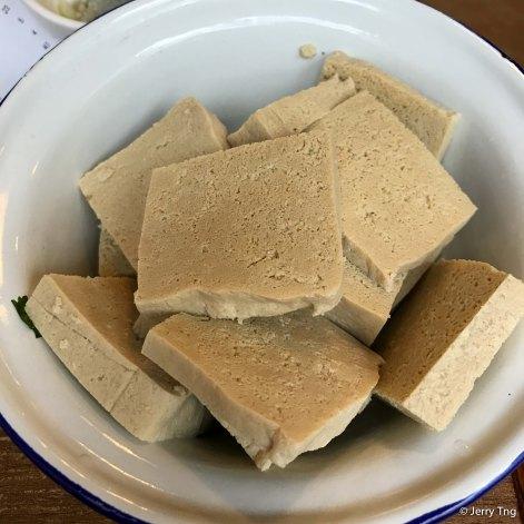 Frozen tofu 冻豆腐