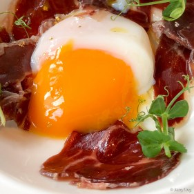 Sous vide 63 Eggs with Jamon