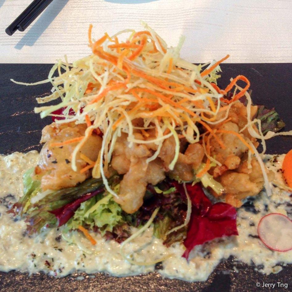 Deep fried sakura chicken with lemon sauce