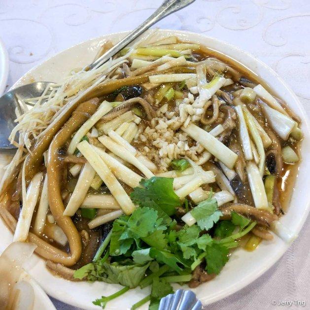韭菜鱔糊 River eels with chives