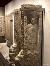 石武士像(隋 581-618)Stone warrior (Sui dynasty 581-618)