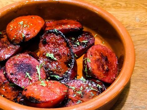 Chorizo Asado • Barbequed spicy sausages