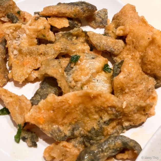 咸蛋香脆鱼皮 Salted Egg Yolk Fish Skin