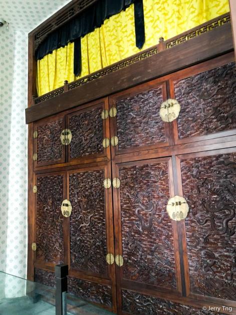 这只紫禁城最大的金丝楠木储物柜