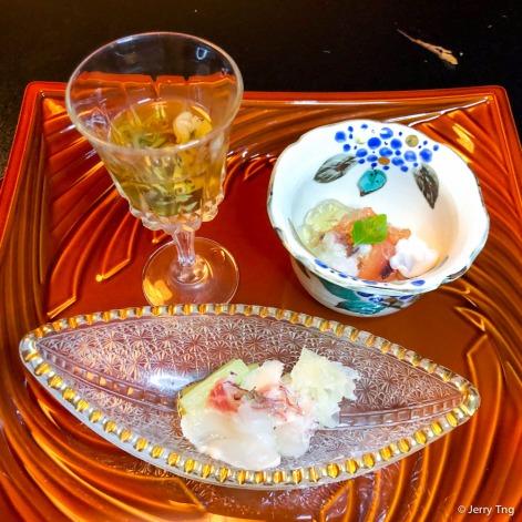 Sashimi on Hassun plate お造り八寸