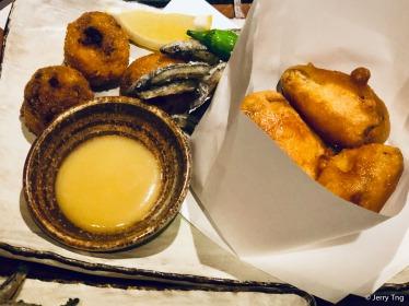 かつお揚げ・芋天・きびなごの唐揚げ Deep-fried bonito, yam, sardines