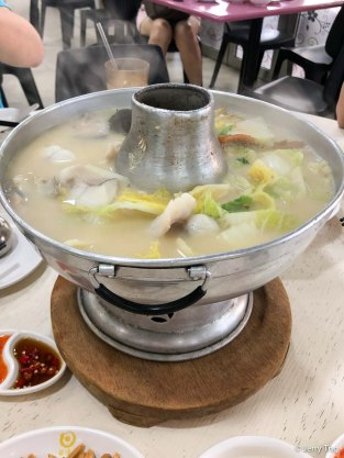 斗鯧魚頭爐 Pomfret hotpot