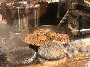 Yakiniku rice in the making