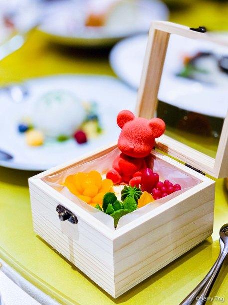 小熊蛋糕 cake in a box