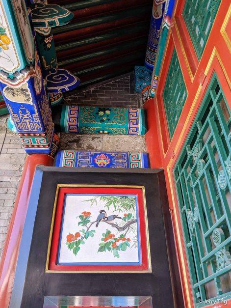 Intricate designs on the pillars