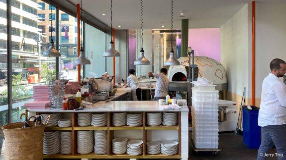 Pizza oven Neapolitan-style