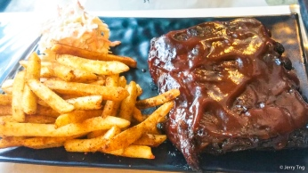 Baby back ribs with cajun fries